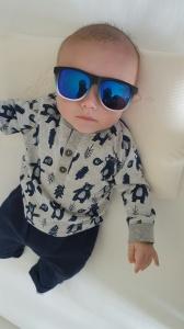 rlt in cot in h&m sunglasses