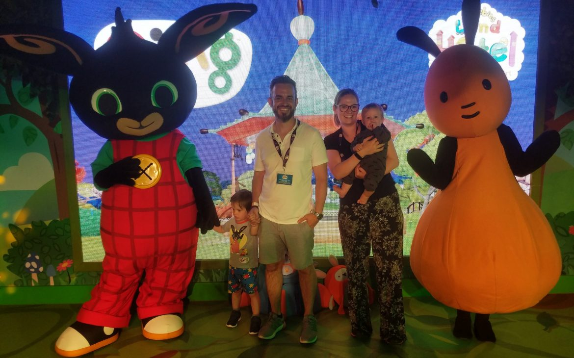 family meeting bing and flop at meet and greet cbeebies hotel